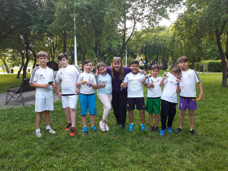 Mirela Simionov, alaturi de copii din program